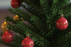 baubles-tree-5