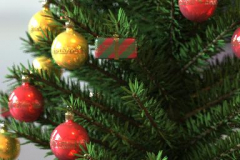 baubles-tree-4